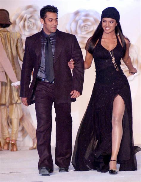 priyanka chopra fashion controversy in pictures why priyanka chopra is controversy s