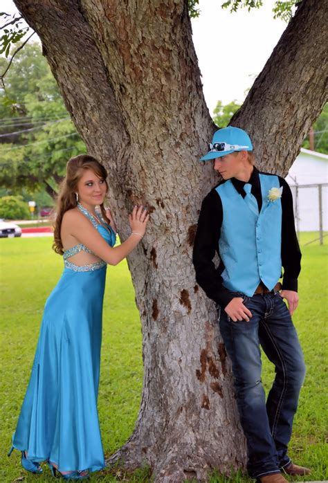 photo themes for couples prom couples photography pinterest trees prom