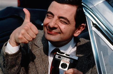 film gratis mr bean mr bean star rowan atkinson a father again at 62 little