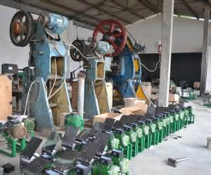 Jual Sabut Kelapa Jawa Timur harga mesin parut kelapa listrik serbaguna mesin parut