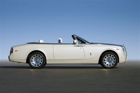 rolls royce roadster rolls royce phantom coupe 11 free car wallpaper