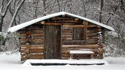 diy log cabin simple log cabin small log cabins diy small cabins