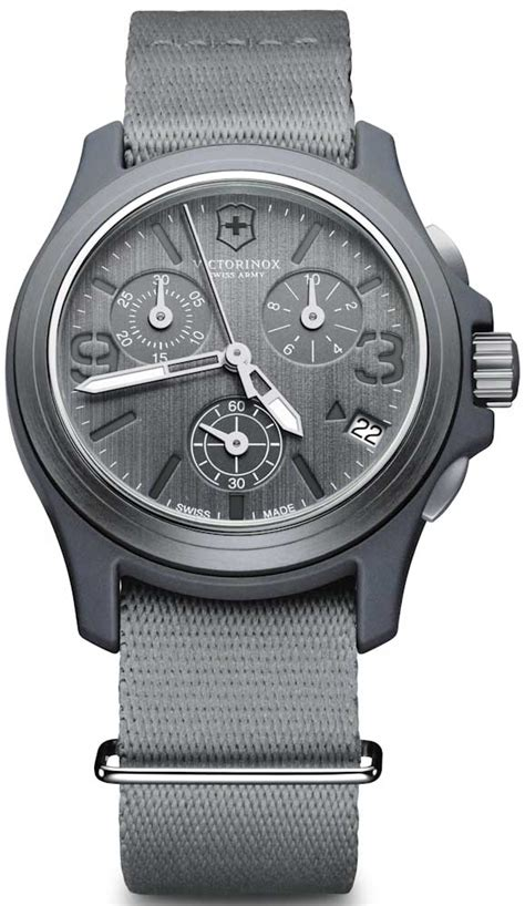 swiss army original 7379 ab swiss army original chronograph ablogtowatch