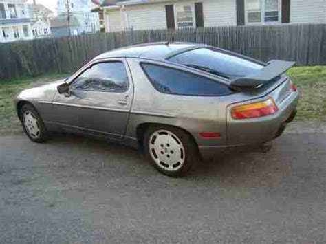 1989 porsche 928 dark green rwd used auto 121500 km buy for 22800 price in toronto find used 1989 porsche 928 s4 v8 5 0l engine with 142842 miles classic excellent condition in