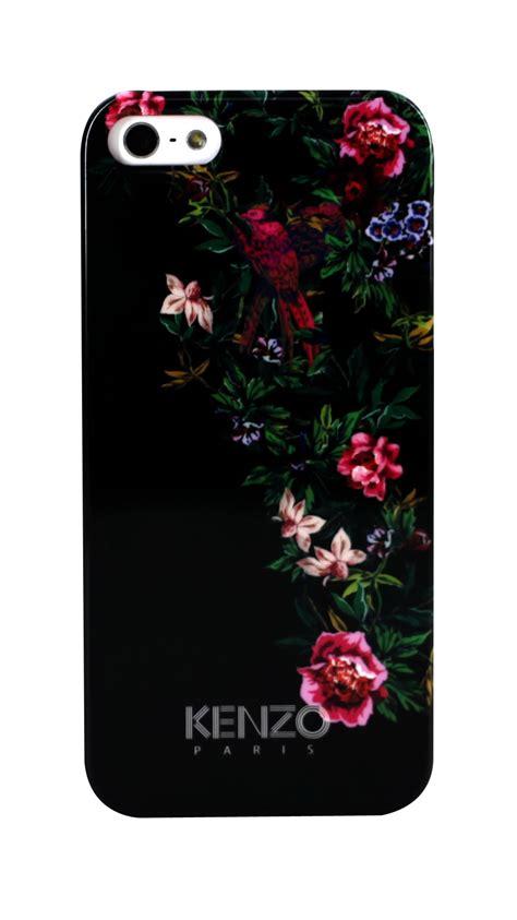 un iphone5 c est une coque kenzo qu il vous faut the parisienne