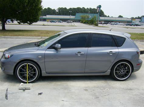 pictures of mazda 3 hatchback 2004 mazda mazda 3 hatchback pictures information and