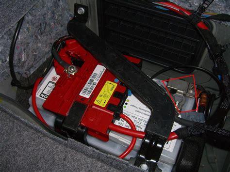 Bmw 1er Cabrio Batterie Laden by Batterie Abklemmen E90 E91 E92 E93 Elektrik