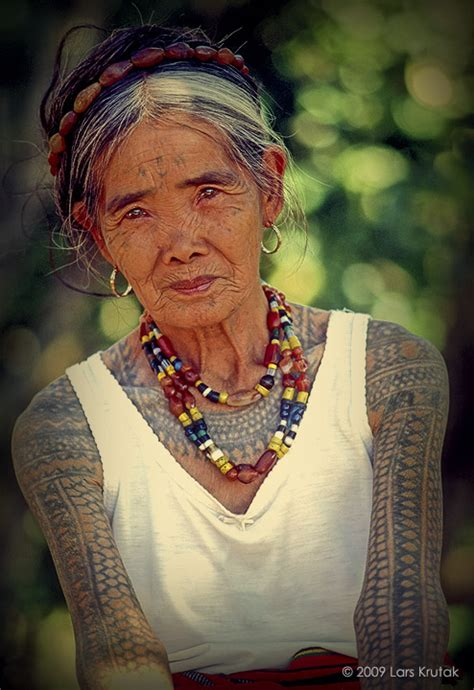lars krutak the last kalinga tattoo artist of the