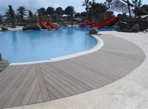 pavimenti bordo piscina pavimento bordo piscina in legno composito scarpa parquet