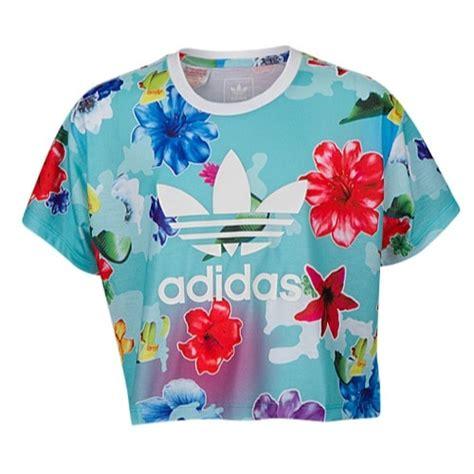 Original Kaos Adidas Originals Crop Multicolor adidas originals flower crop t shirt grade school