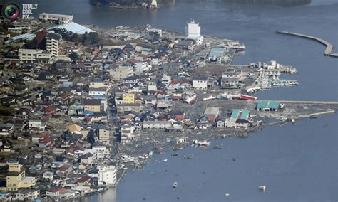 imagenes impactantes del tsunami en japon impactantes im 225 genes despues del tsunami en jap 243 n taringa