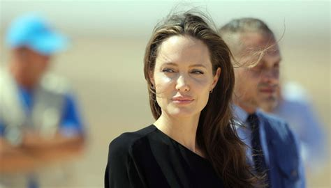 Pitt Find How Is Holding Up Post Divorce From Brad Pitt Find Out Here Zee News