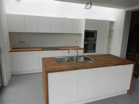 houten keuken met wit blad witte keuken houten blad elegant hout eiland keuken idee