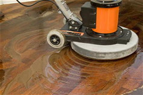 Holzboden Polieren Maschine by Holzboden Waschen Statt Abschleifen Bauen Renovieren