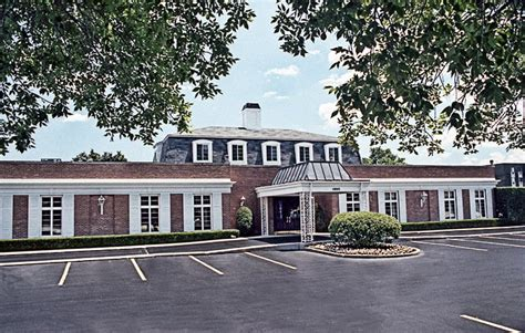 donnellan family funeral home 10045 skokie boulevard