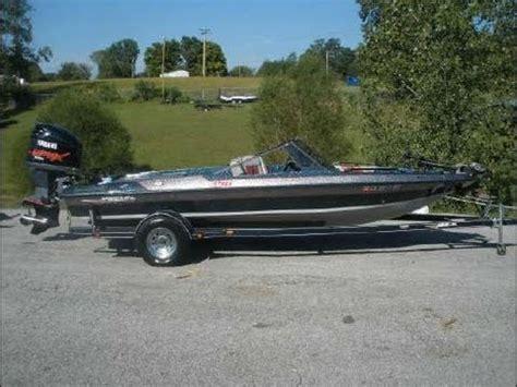 fish and ski vs bass boat javelin 396 fs fish and ski for sale doovi