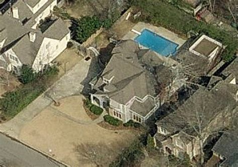 sara evans house sara evans and jay barker s house mountain brook al pictures and rare facts