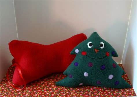 love these stuffed fabric christmas trees hopefully will 25 best images about christmas pillows to make on