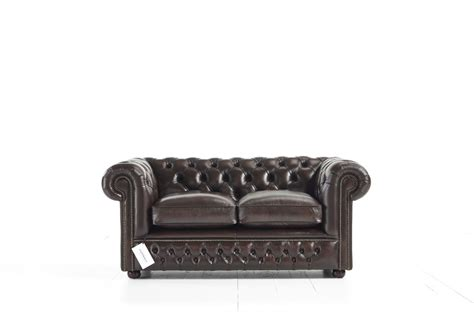 chesterfield sofas usa holyrood tufted chesterfield sofa tufted couch