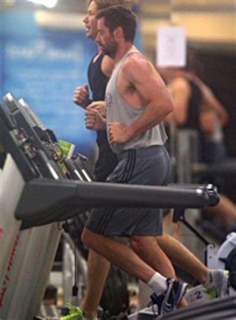 hugh jackman bench hugh jackman workout diet supersets wolverine workout