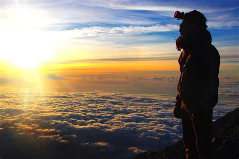 puncak mahameru gunung semeru