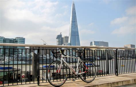 modern style architecture modern architecture london cycling to london s most iconic buildings