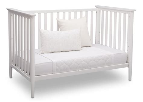 convert crib to daybed converting crib to daybed 28 images converting crib to daybed baby crib turned front porch