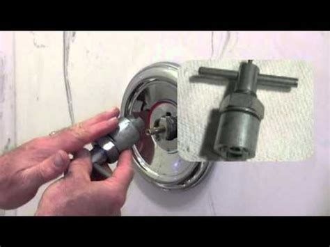 Bathtub Faucet Cartridge Stuck How To Remove A Stuck Shower Faucet Handle How To Make
