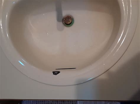 Chipped Porcelain Sink Repair by Repair Chipped Enamel Sink Doityourself Community Forums