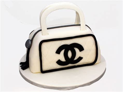 Who Wore It Better Chanel Willy Wonka Sunnies by 25 Best Ideas About Birthday Cakes For Adults On