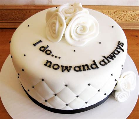 15th wedding anniversary cakes 17 best images about anniversary ideas on