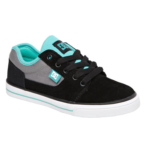 dc kid shoes kid s bristol shoes 303081a dc shoes