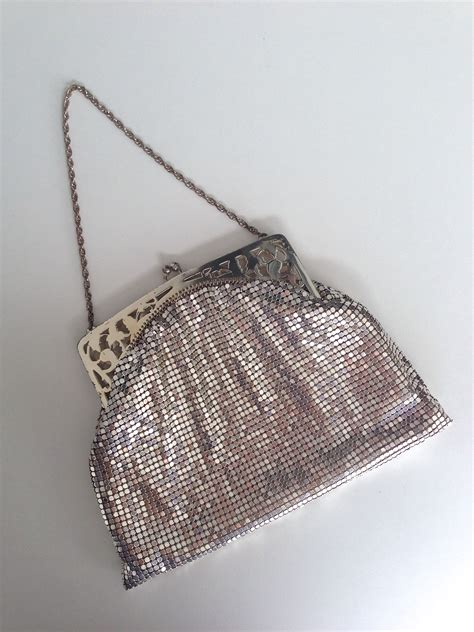 vintage 1940 s whiting and davis silver mesh purse