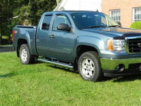 how make cars 2007 gmc sierra 1500 security system sell used 2007 gmc sierra 1500 sle extended cab pickup 4 door 5 3l in lagrangeville new york