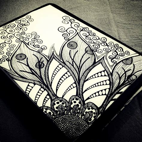 Zentangle: easy and effective art therapy ? Outlook AUB