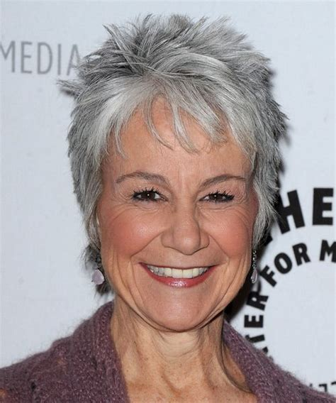 haircuts for straight grey hair gray hairstyles for fine hair andrea romano hairstyle