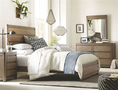 bellissimo bedroom set big sky by wendy bellissimo weathered oak panel bedroom