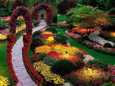 Butchart Gardens Is One Of The Most Famous Gardens In The Best Flower Gardens In The World