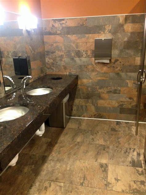 Flooring Des Moines by Flooring Des Moines Iowa Gurus Floor