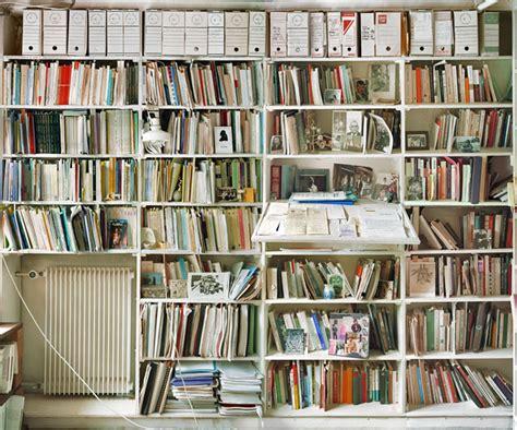 searle s room jacques derrida vs searle book shelf showdown biblioklept