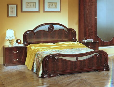 Italian Classic Bedroom Furniture Melania Italian Classic 5pc Bedroom Set Bedroom Sets