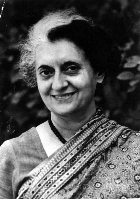 biography of rajiv gandhi in hindi pdf indira gandhi biography childhood facts life history