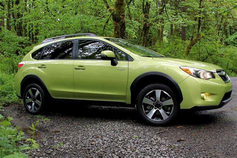 Subaru Crosstrek Xv Hybrid by 2014 Subaru Xv Crosstek Hybrid Review Digital Trends