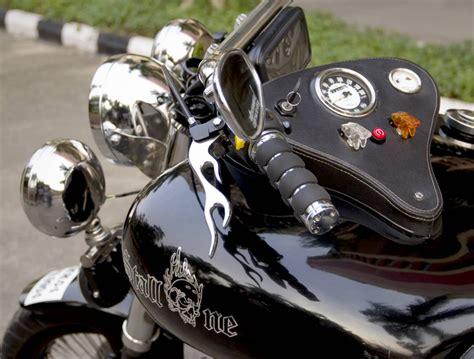 Bike Modification In East Delhi by Royal Enfield Classic 500 Stallone By Haldankar Customs
