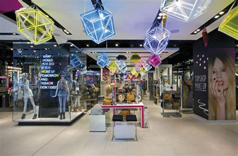 topshop by dalziel and pow 187 retail design