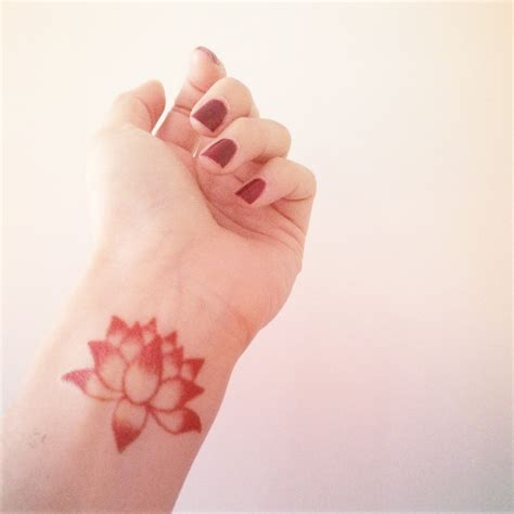 fake wrist tattoos 3ps lotus in 3 sizes inknart temporary