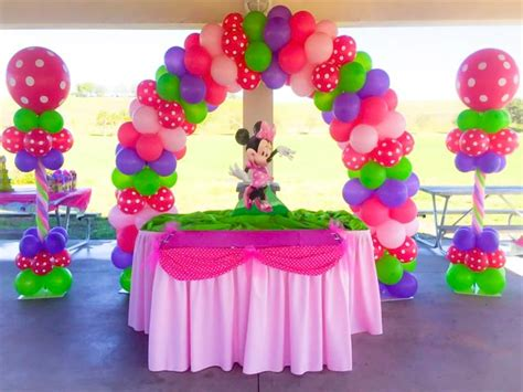 Birthday Decorations by Miami Balloons