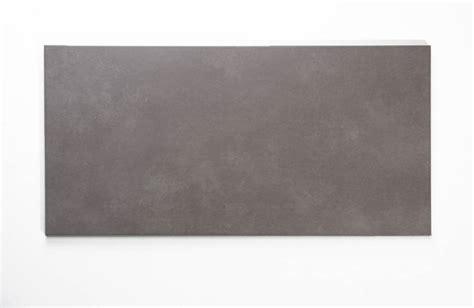 feinsteinzeug fliesen grau 30x60 feinsteinzeug glasiert nicht rektifiziert prag grau