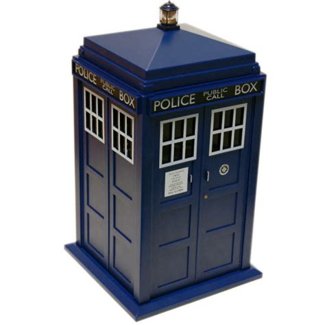 Dr Who Tardis Lights And Sounds Cookie Jar Iwoot Doctor Who Lights