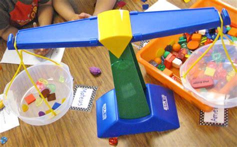 heavy and light lesson plan kindergarten math measurement weight kindergarten kindergarten